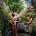 世界遺産の寺院にあらわれた水の女神