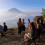 バトゥール山で見た白日夢