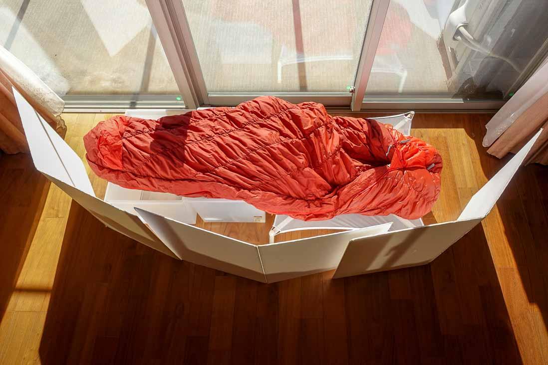 選択後の寝袋を干している