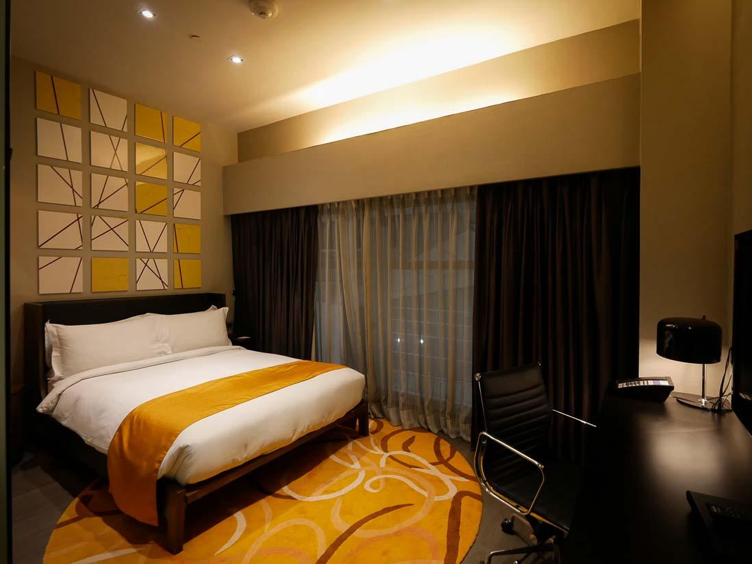 インディラ ガーンディー国際空港のホリデイインエキスプレスの客室