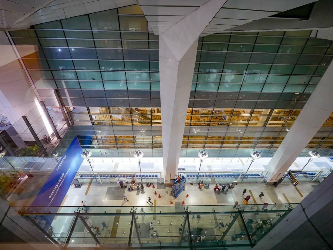 インディラ ガーンディー国際空港のホリデイインエキスプレスの客室からの眺め