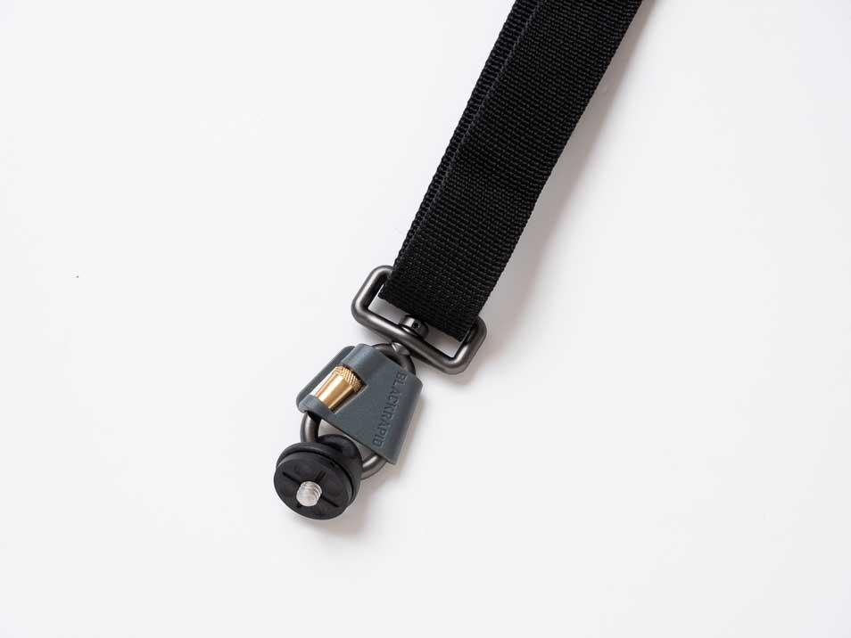 ブラックラピッド カメラストラップのカメラ取付部分