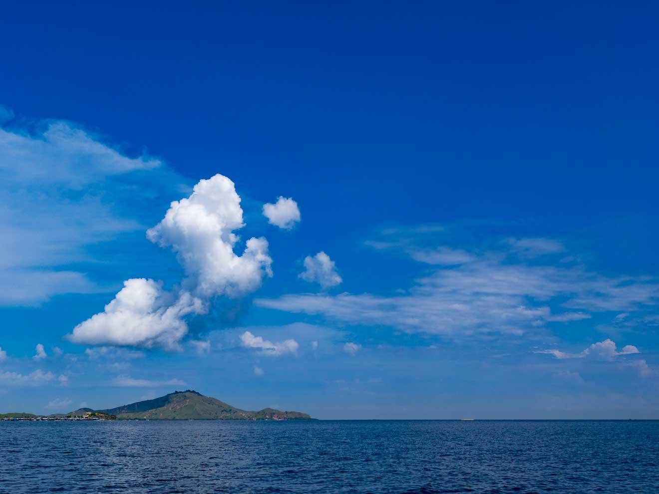 ラブハンバジョからコモド島への海路