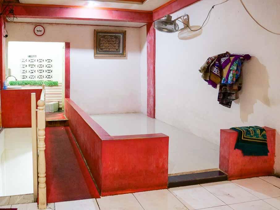 食堂の2階にあるムスリムの祈りの部屋