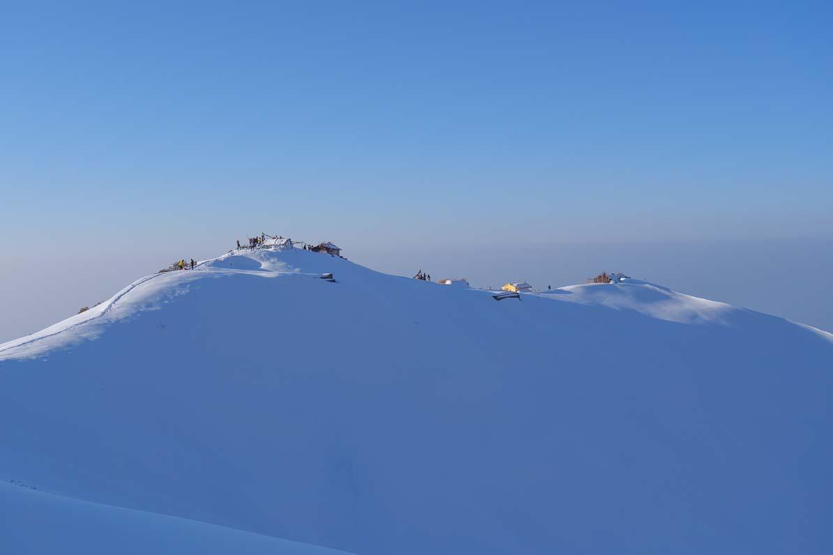 雪に包まれるビューポイント