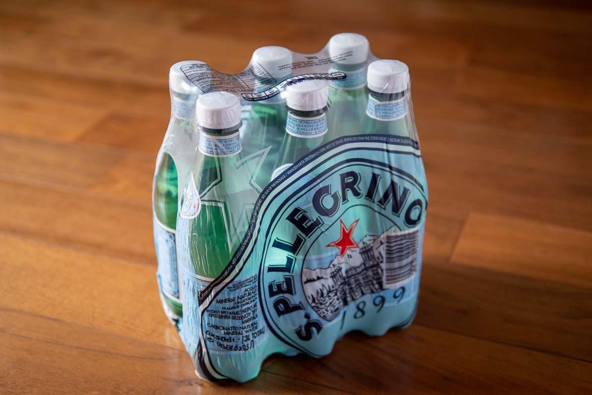 サンペレグリノの6本入りパッケージ