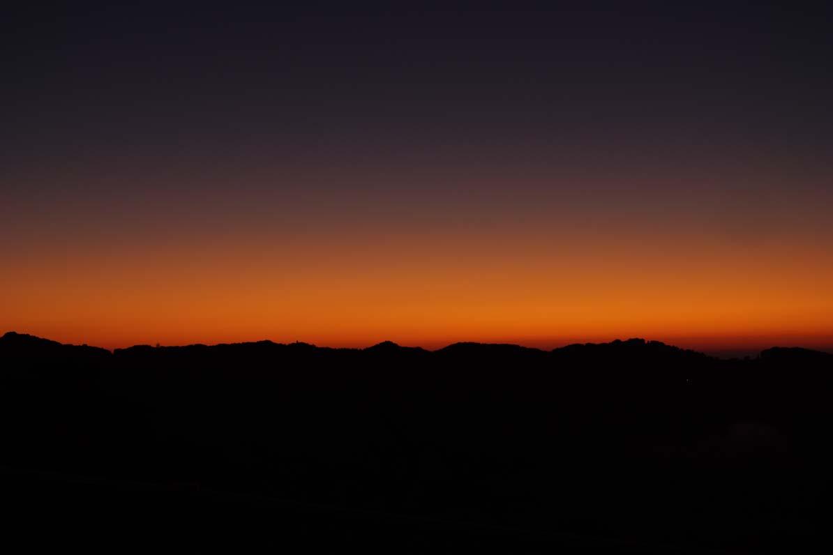 秩父市の美の山公園から見た朝焼け